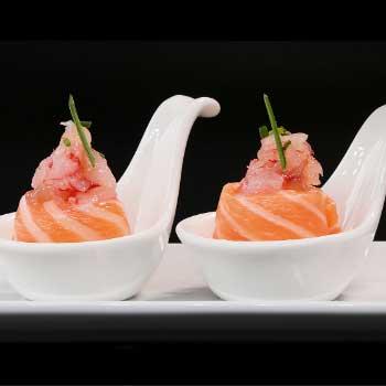 "</p> <div class=""title_menu"">AMAEBI GUNKAN</div> <p>salmone, gambero rosso, ponzu, erba cipollina B,D<br /><strong>5,00€</strong></p> <p>"