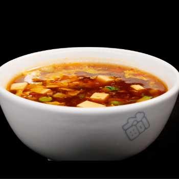 """</p> <div class=""""title_menu"""">ZUPPA IN SALSA AGROPICCANTE</div> <p>zutofu, bambù, funghi cinesi, uova, salsa agropiccante C,F<br /><strong>3,90€</strong></p> <p>"""