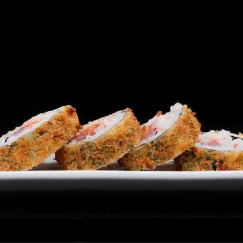 """</p> <div class=""""title_menu"""">FUTO MAKI FRITTO#*</div> <p> pesce misto, surimi di granchio, sesamo, mayo spicy, arachidi, salsa teriyaki, farina, alghe, riso A,B,C,D,E,F,P<br /> <strong>5,00€</strong>"""