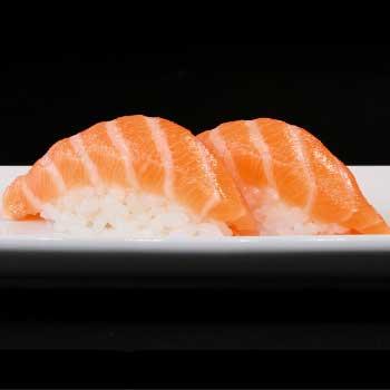 "</p> <div class=""title_menu"">NIGIRI SAKE#</div> <p> salmone, riso D <br /><strong>3,00€</strong>"
