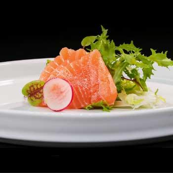 "</p> <div class=""title_menu"">SASHIMI SAKE# 3pz</div> <p>salmone D<br /><strong>4,00€</strong></p> <p>"