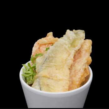 """</p> <div class=""""title_menu"""">YASAI TEMPURA</div> <p>carote, zucchine, patate, melanzane, farina di tempura, A<br /><strong>5,00€</strong></p> <p>"""