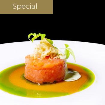 "</p> <div class=""title_menu"">Basil tartare</div> <p> Salmone, Mailnese al basilico , ponzu, olio di verdure, kataifi</p> <p><strong>7,00€</strong>"