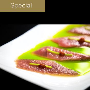 "</p> <div class=""title_menu"">Green tuna</div> <p><strong>5,00€</strong>"